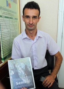 Vasile Gaviuc autorul monografiei