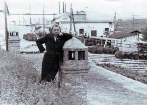 Fabrica de vin din Bravicea, deasupra beciului. Anul 1965