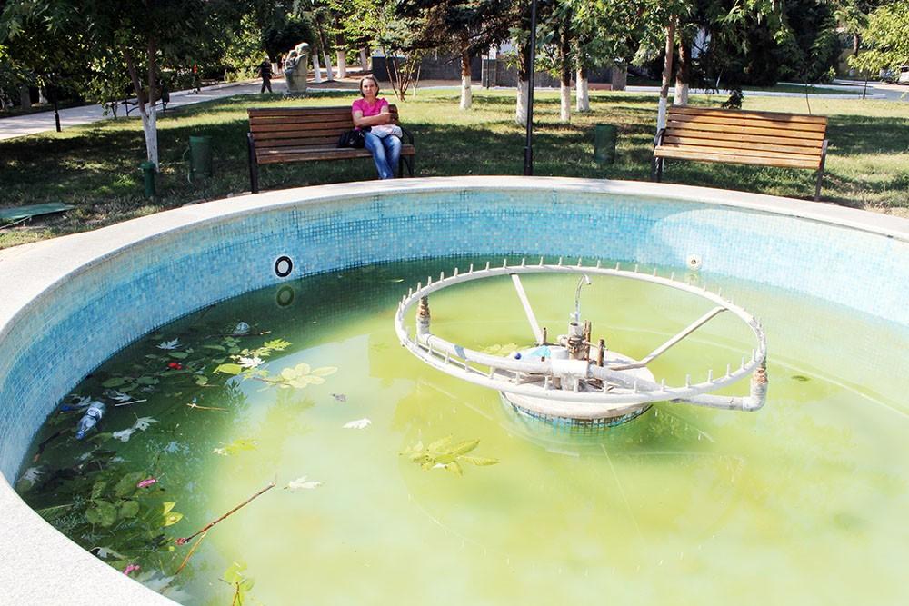 Așa arată havuzul după reparație