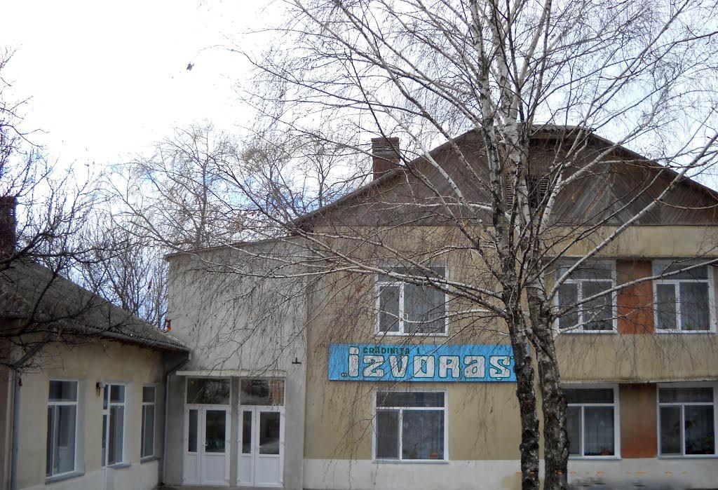 """Grădinița """"Izvoraș"""" din satul Măcărești"""