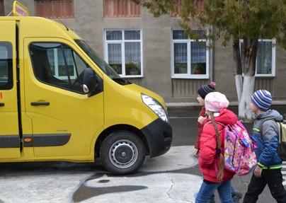 ... nu vor avea degrabă transport şcolar