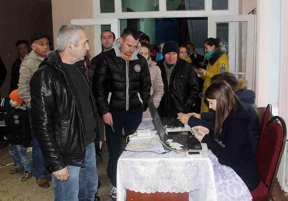 Secția de votare din Todirești